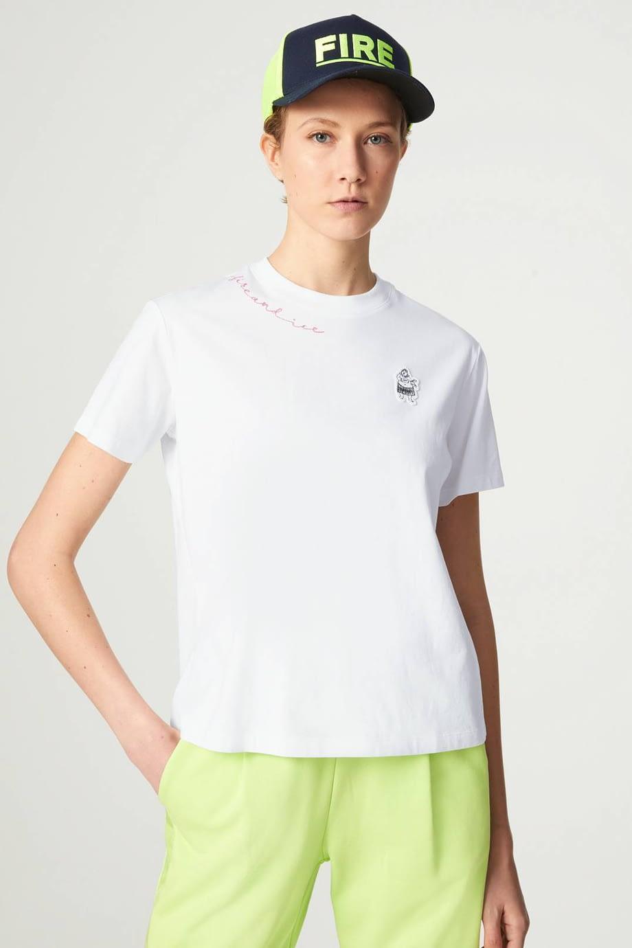 CARRIE-T-SHIRT-white